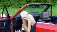 Car Stuck Girls (10)