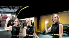 IAA 2011: Messe-Girls in Frankfurt